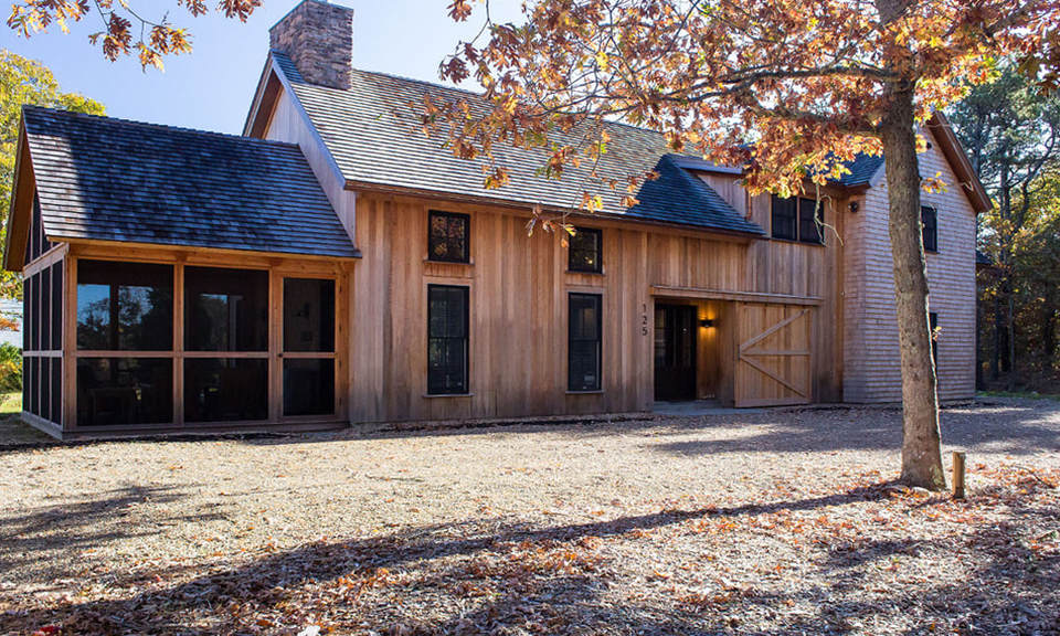 Post and beam homes what 39 s your style american post for Barn type homes